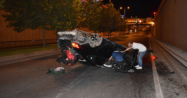 Malatya'da alt geçitte feci kaza: 2 ağır yaralı