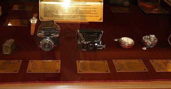 Casus fotoğraf makinesi müzenin ilgi odağı