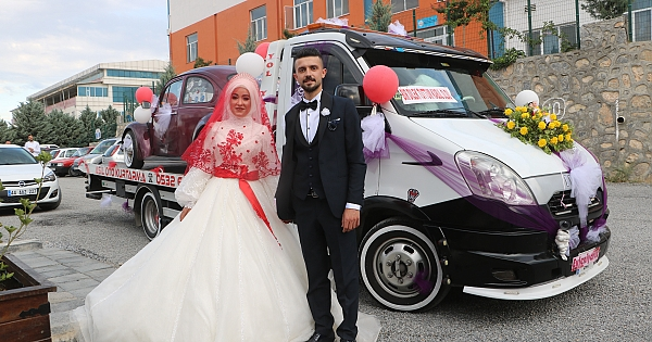 Çekicilerin düğünü böyle oldu