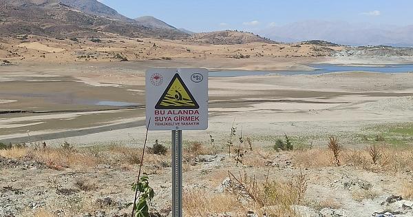 Sürgü Barajı alarm veriyor