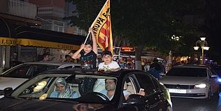 Galatasaraylı Taraftarlar Malatya'da Sokağa Döküldü