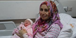 Malatya'da 2019 yılının ilk bebeği dünyaya geldi