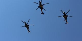 Malatya'daki kutlamalarda helikopter gövde gösterisi yaptı
