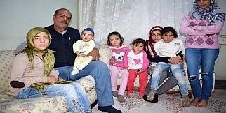 Suriyeli baba ailesine kavuştu