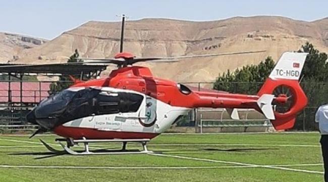 Hava ambulansı iki hasta için havalandı