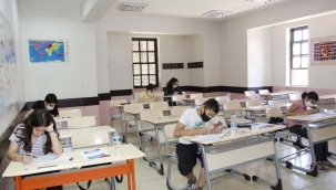 Öğrenciler bursluluk sınavı öncesinde ter döktü