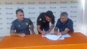 Altyapıdan 2 futbolcu ile profesyonel sözleşme imzalandı