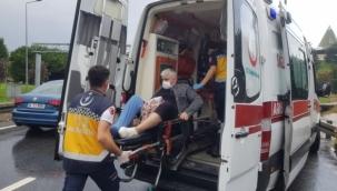Diyaliz hastalarını taşıyan minibüs mahsur kaldı