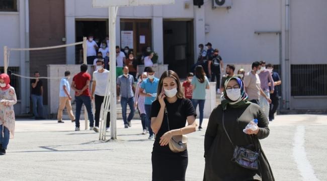 KPSS'ye giren öğrenciler zorlandı