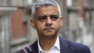 Londra'da Covid-19 salgını yeni yıl etkinliklerini iptal ettirdi