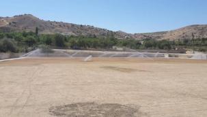 Yeşilyurt Belediyespor'un yeni stadında çim serim işlemi