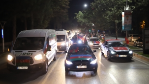 Azerbaycan'a 100 araçla destek konvoyu