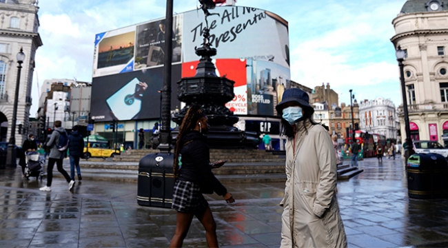 İngiltere'de korona virüs vaka sayısı 700 bini aştı
