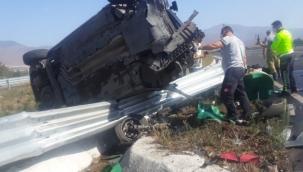 İzmir'de feci kaza: 1 ölü 4 yaralı