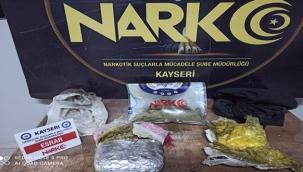 Uyuşturucu taciri 2 kilo esrar ile yakalandı