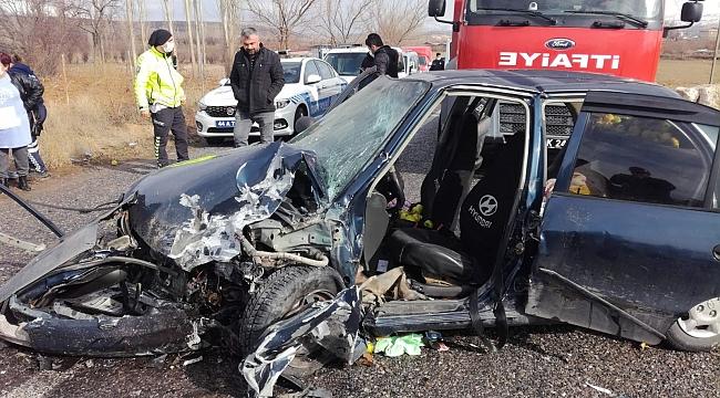 Doğanşehir'de trafik kazası: 5 yaralı