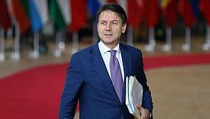 İtalya Başbakanı görevinden istifa etti