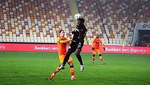 Malatyaspor: 0 - Galatasaray: 0 (İlk yarı)