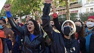 Tunus'a protestolar şiddetlendi