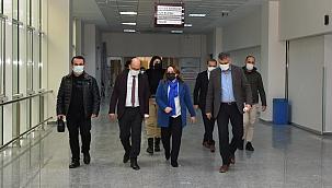 MTÜ'de karın içi kitle operasyonu