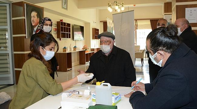 Yaşlılara diyabet sağlık testi