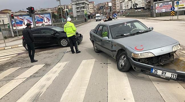 Boş yolda kural ihlali kazayı getirdi