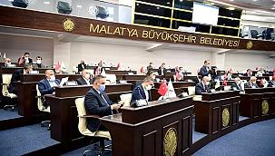Büyükşehir'de komisyonlar belirlendi
