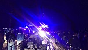 Minibüs traktörle çarpıştı: 4 yaralı