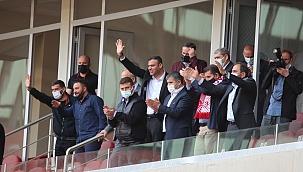 Sivasspor yönetiminin yüzü gülüyor
