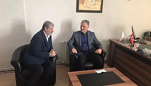 Çakır'dan yetimler kervanına ziyaret