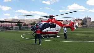 Ambulans helikopterle hastaneye yetiştirildi