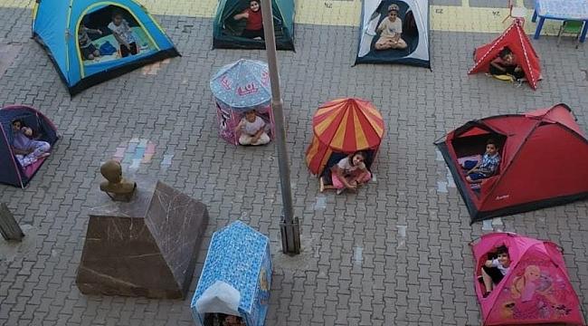 Çocuklar çadırda ders yaptı!