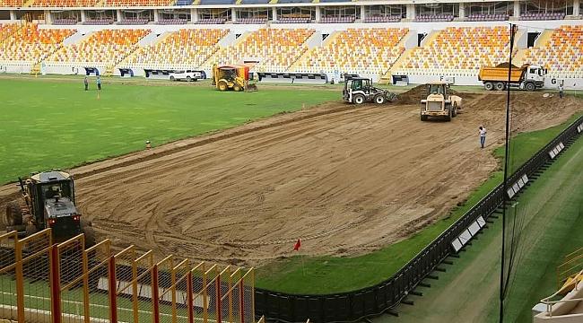 Malatya Stadyumu'nda çim zemin değişiyor