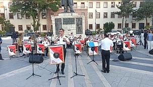 Polis Armoni Orkestrası'nda konser
