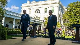 Suga ve Biden G7 Zirvesi'nde görüştü