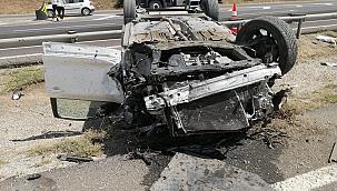 Başkent'te otomobil takla attı: 6 yaralı