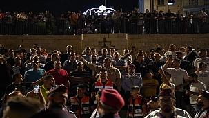 Bayramı kutlayan Filistinlilere saldırı