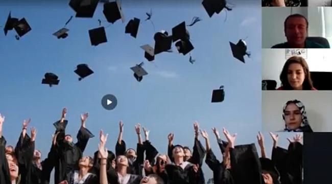 Çevrim içi mezuniyet töreni
