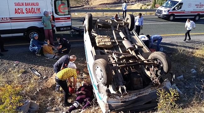 İki ayrı trafik kazası: 14 yaralı!