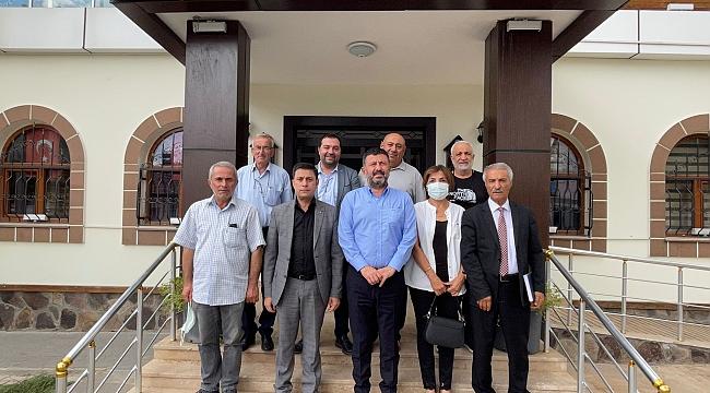 CHP'li Ağbaba'dan muhtarla toplantı