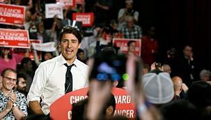 Kanada halkı erken seçim için sandık başında