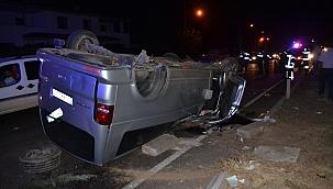 Minibüs takla atıp karşı şeride geçti: 5 yaralı