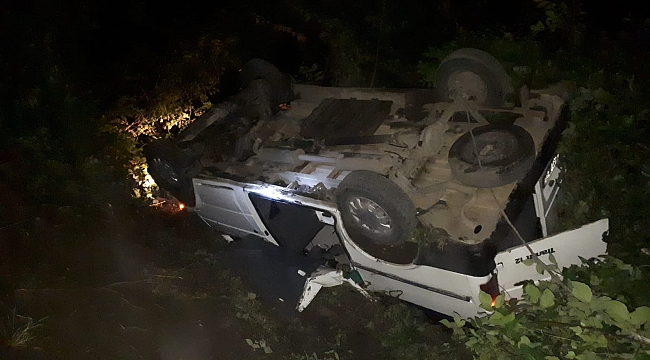 Samsun'da minibüs devrildi: 14 yaralı