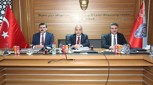 Aktaş'tan Malatya'da asayiş toplantısı