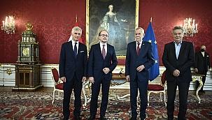 Avusturya'da yeni Başbakan yemin etti