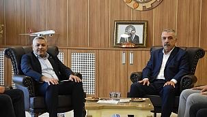 Başkan Sadıkoğlu'ndan istişareye önem