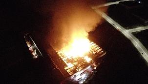 Kayseri'de fabrika yangını!