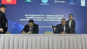 Kırgızistan'da düzenlenen yatırım forumuna katıldı