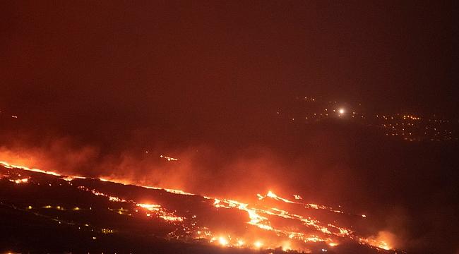 La Palma'daki lav çıkışı hızlandı!