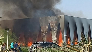 Mısır'da film festivali alanında yangın